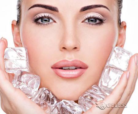 Полезно ли протирать лицо льдом?  Как сделать косметический лед