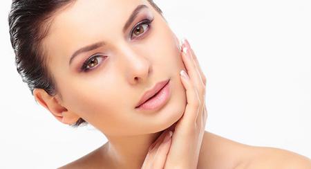Чистка лица, пилинги, косметические и комплексные уходы за лицом от 17 руб.