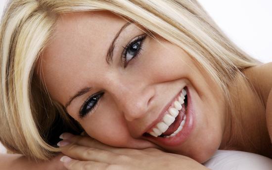Тренируем красивую улыбку - упражнения с палочкой