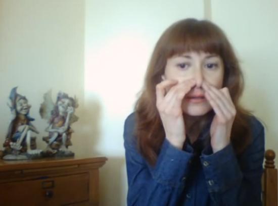 Упражнения для уменьшения носа и против морщин над верхней губой