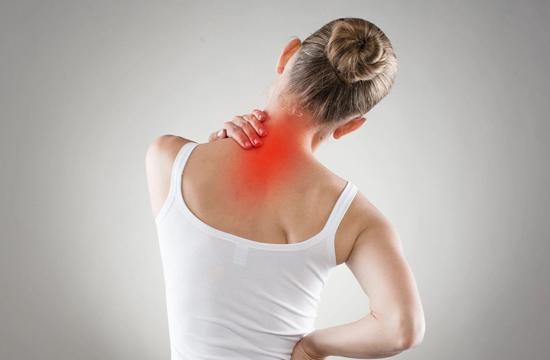Как самостоятельно, хотя бы на время, избавиться от боли в верхнем отделе шеи