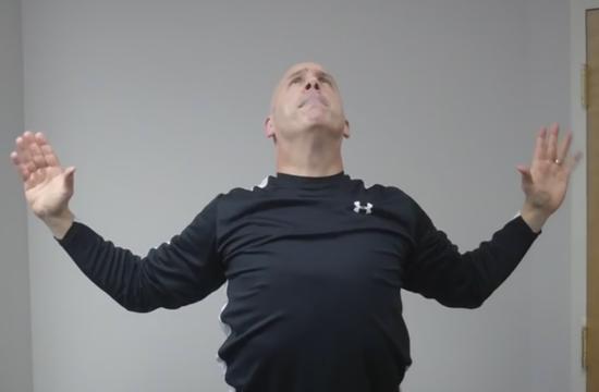 Три упражнения для прямого положения головы от  доктора Отто Янке