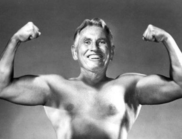 5 упражнений Поля Брэгга для молодости позвоночника