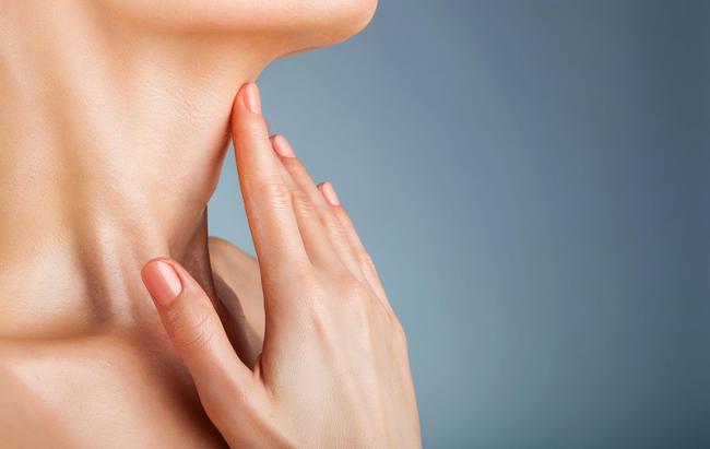 Как остановить провисание шеи с помощью всего 1 упражнения