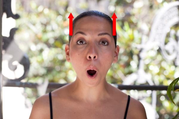 2 упражнения против морщин над верхней губой