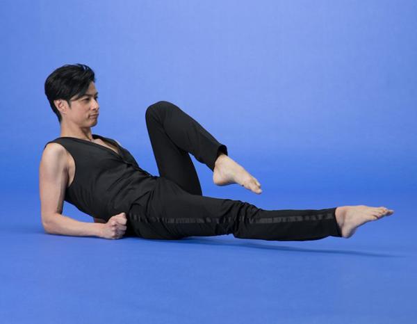 Упражнения для подтянутых бедер из методики ОЧО (Гаку Синдо)